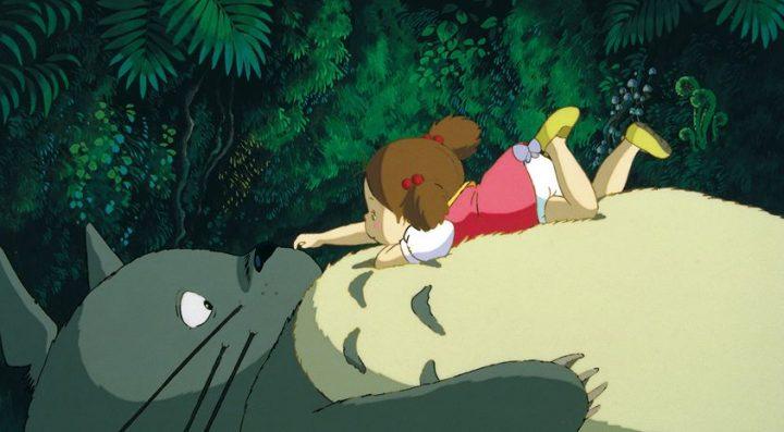 Mi vecino Totoro de Hayao Miyazaki