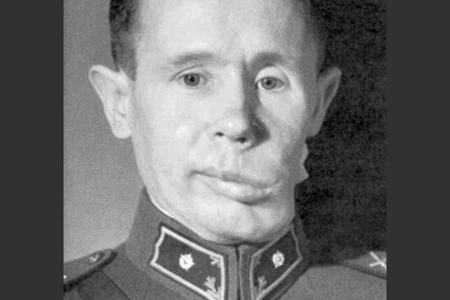 Simo Häyhä tras su recuperación después de la Guerra de Invierno