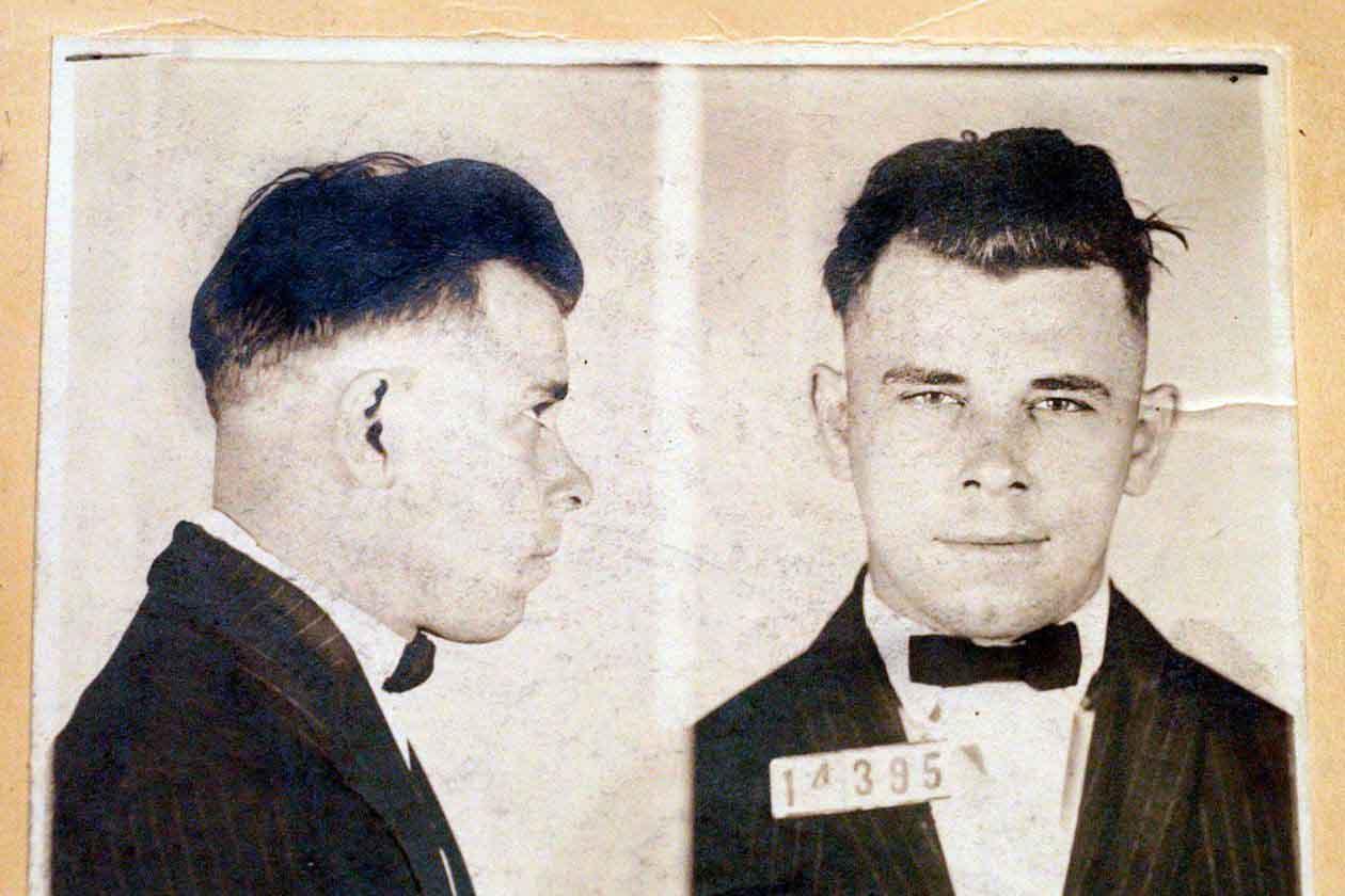 Ficha policial de John Dillinger