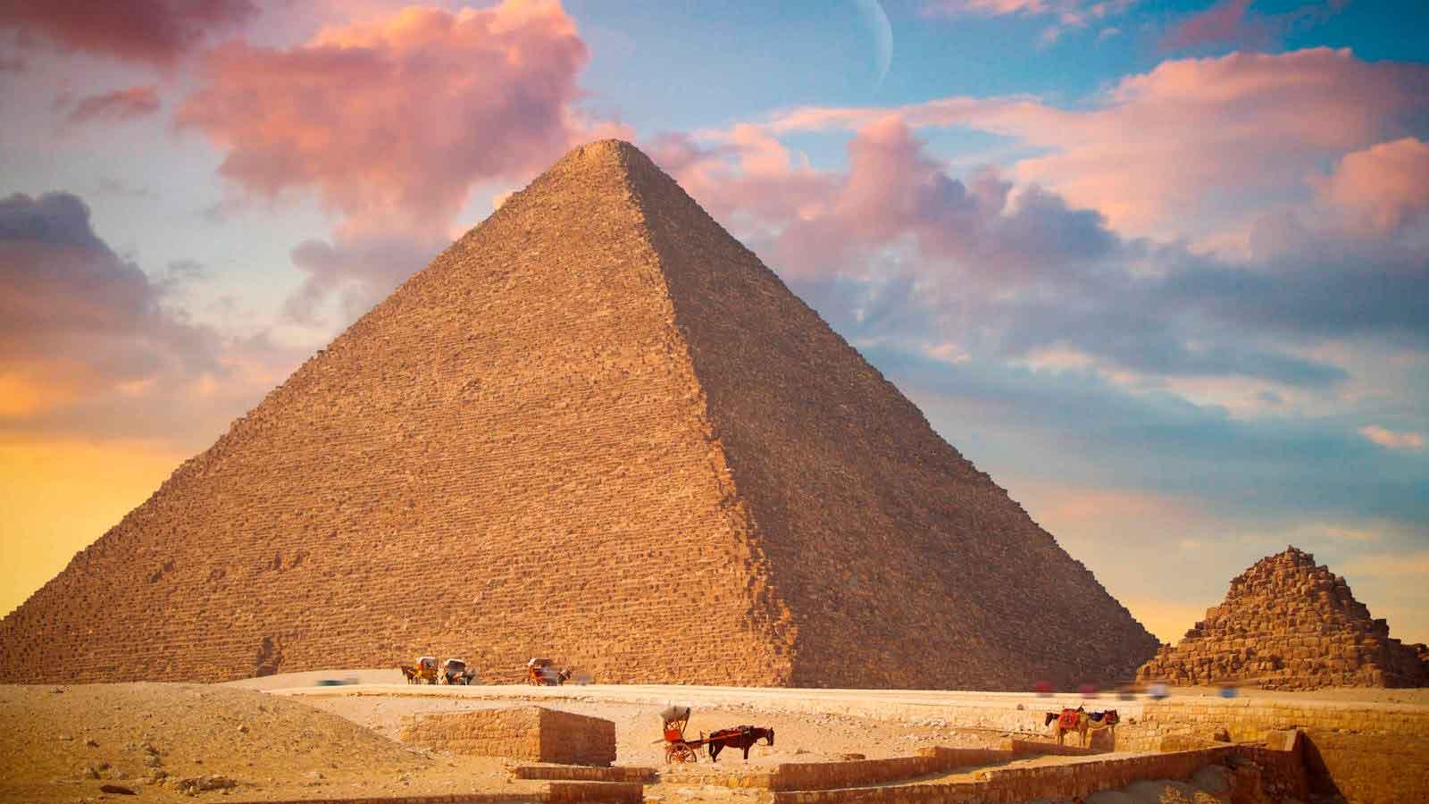 La Gran Pirámide de Giza, una de las 7 Maravillas