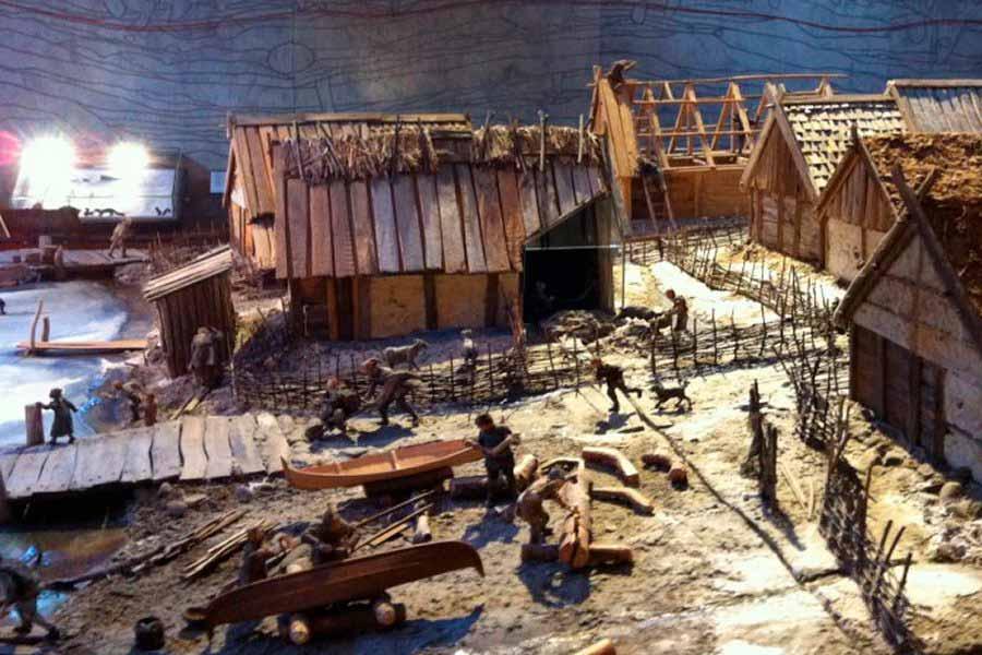 Recreación de un centro de mercado vikingo