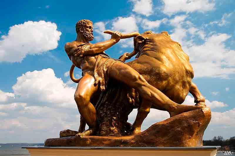 Escultura del toro de Creta