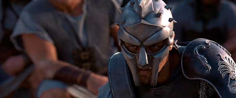 Escena de Gladiator en la que Maximus se enfrenta a Cómodo en el Coliseo