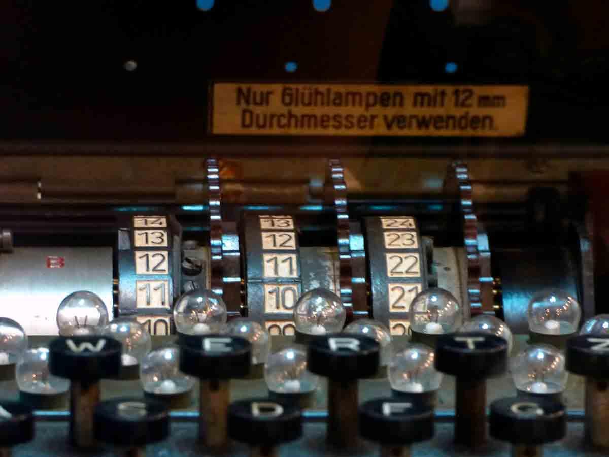 Alan Turing y el descifrado de la máquina Enigma