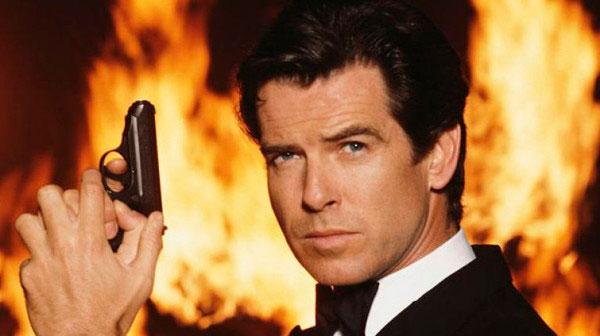 Pierce Brosnan como James Bond, una de las sagas más taquilleras del cine comercial