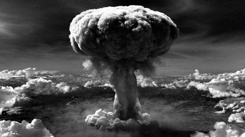 Detonación de la bomba nuclear Big Boy en Hiroshima el 6 de agosto de 1945