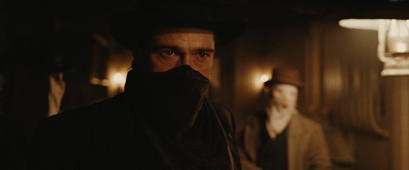 Brad Pitt como Jesse James en El asesinato de Jesse James por el cobarde Robert Ford