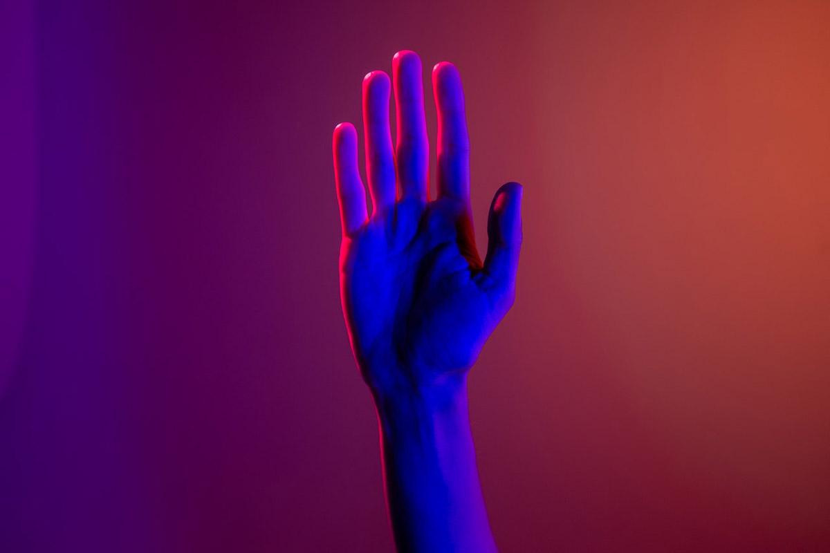 El síndrome de la mano ajena o la mano alienígena