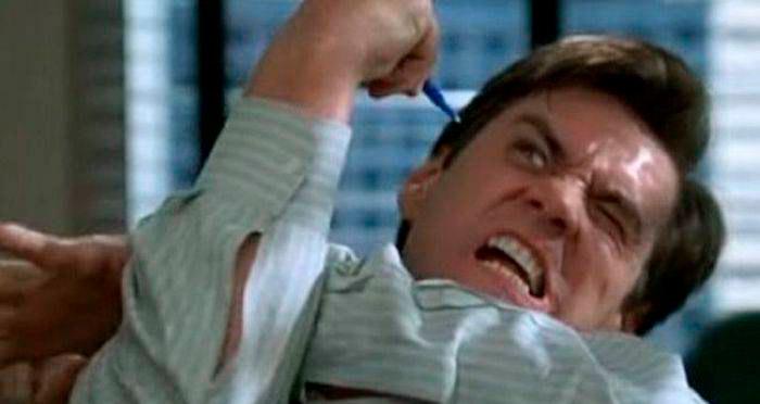 """Escena de Liar Liar donde Jim Carrey se """"enfrenta"""" a su propia mano"""