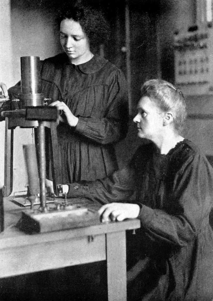 Marie Curie con su hija Irene