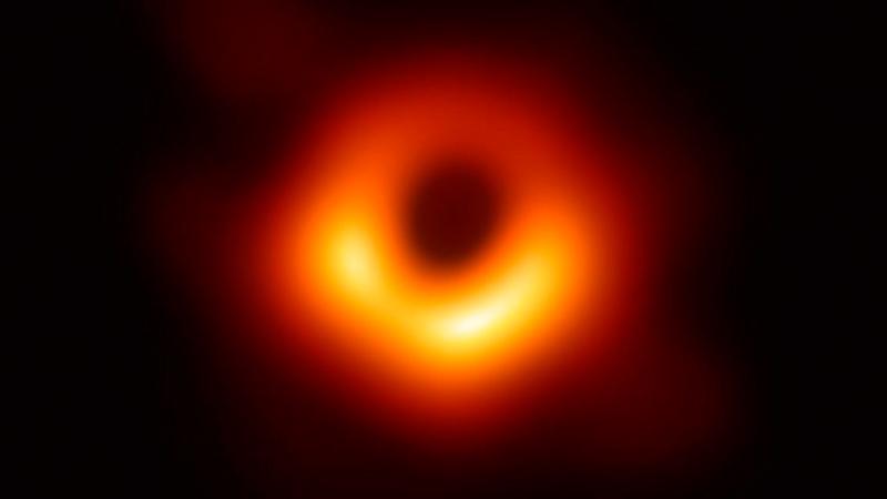 La primera fotografía de un agujero negro