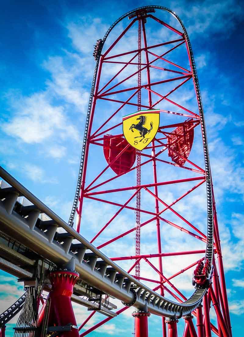 La montaña rusa más rápida del mundo, por Ferrari