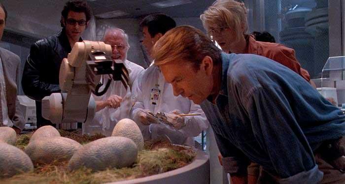 Escena de Jurassic Park en la que explican la ciencia propuesta de la película