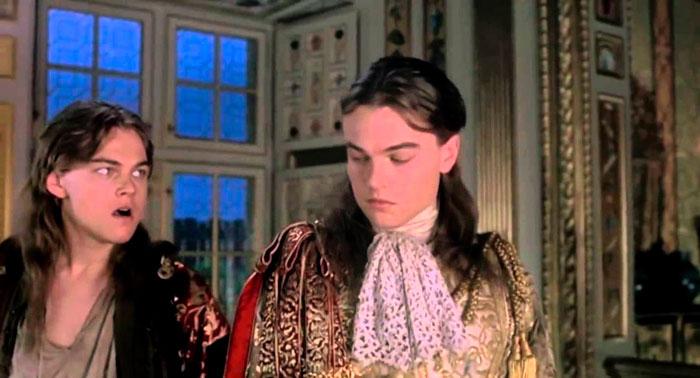 Luis XIV (izquierda) y Philippe (derecha) en una escena de la película