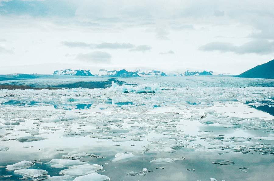 El archipiélago noruego de Svalbard y el pueblo donde nadie puede morir