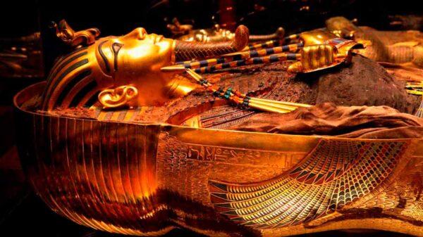 La historia de Tutankamon, el faraón que reconstruyó Egipto