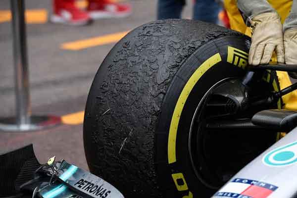 Los neumáticos desgastados tras una carrera de Fórmula 1