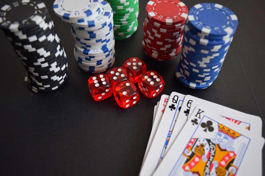 Algunas curiosidades del poker, el juego de cartas por excelencia
