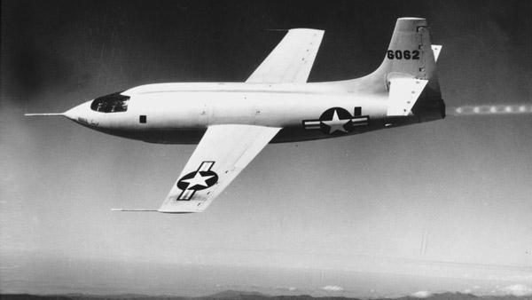 El avión Bell X-1 con el que Chuck Yeager rompió la barrera del sonido en 1947