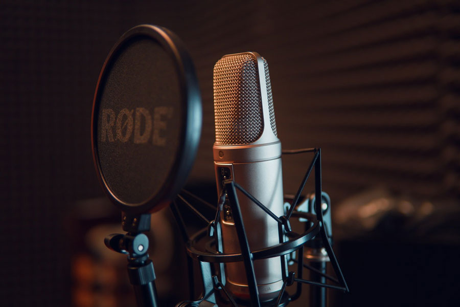El poder de la voz en el cine y los actores de doblaje