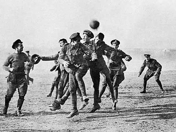 Imágenes de los momentos de la tregua durante el conflicto