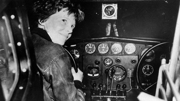 Earhart abordo de un avión