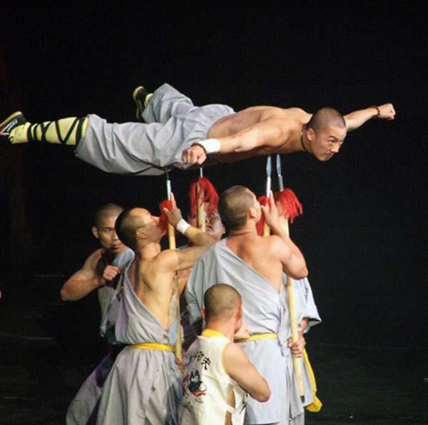Demostración de la camisa de fuerza de los Shaolin
