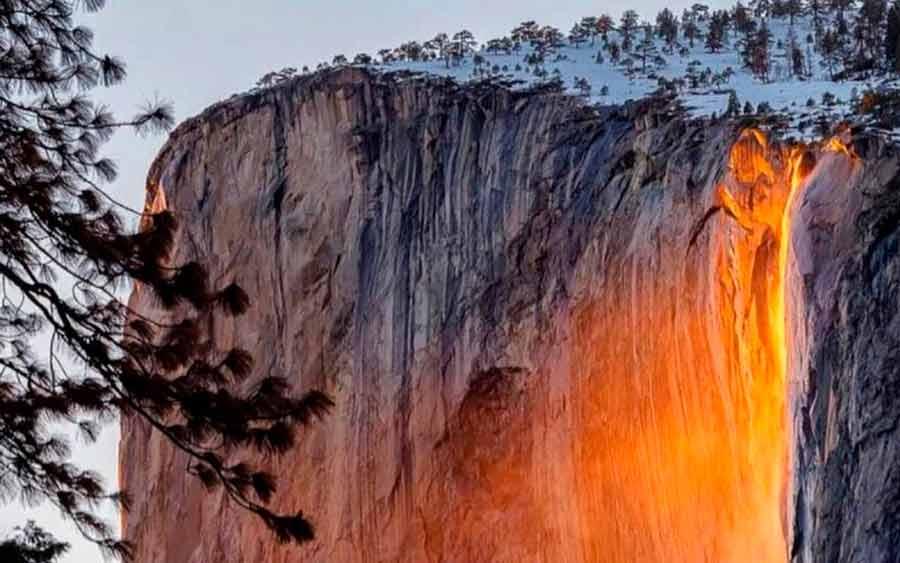 El impresionante efecto ambiental de la cascada de fuego en Yosemite