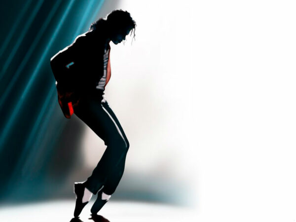 El origen del moonwalk de Michael Jackson, el backslide de Bill Bailey