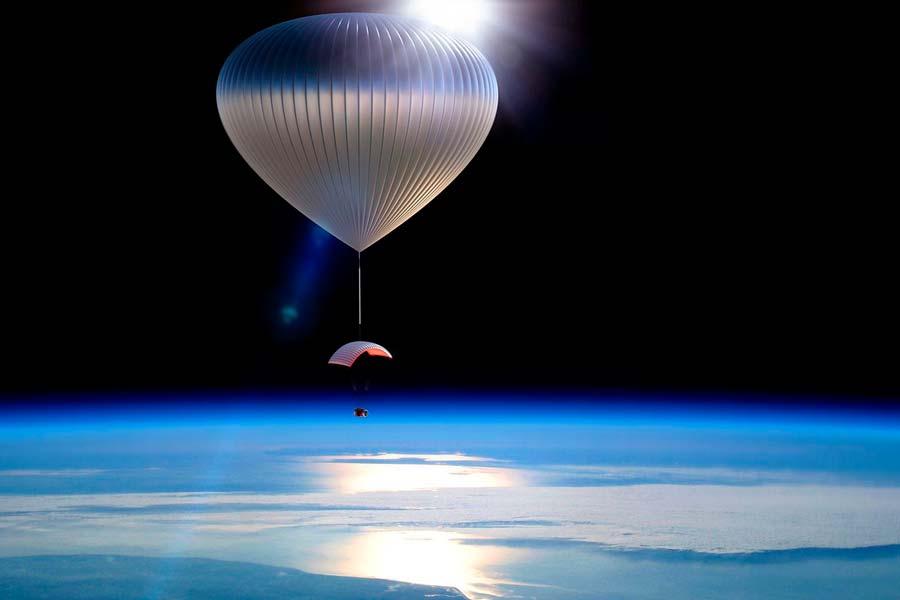 Los paseos en globo por la estratosfera a bordo del World View